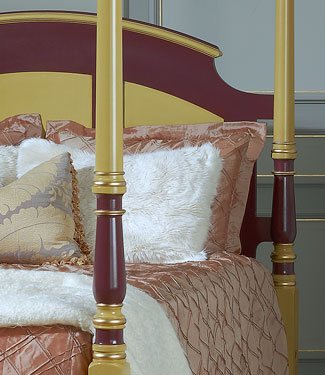 The Irish Mannor Bed close up of post with headboard